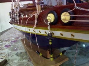 model kapal layar